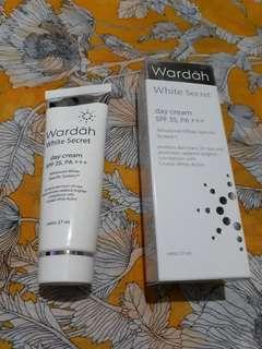 Wardah White Secret Day Cream SPF 35