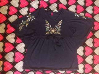 #20under Embroidery Blouse (preloved)