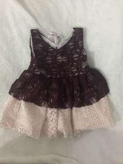 Lace dress 9-12mos