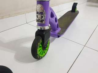 2 × Stunt scooter(branded) to let go at 108