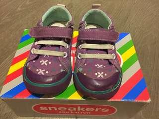 🚚 See Kai Run 6號女童鞋