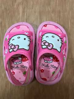 Hello Kitty 拖鞋 內長13cm