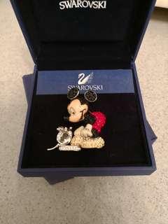 Swarovski Mickey Mouse 心口針