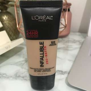 Loreal Infalliable pro-matte 103 natural buff