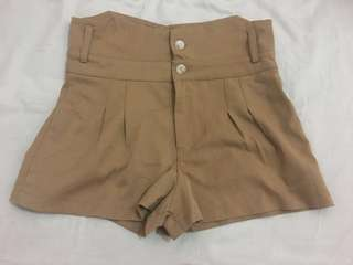 Women short pant