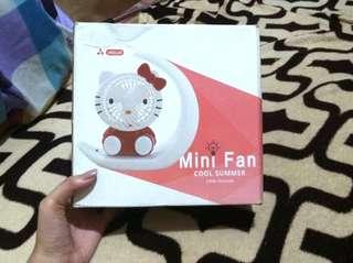 Hello Kitty mini fan with light