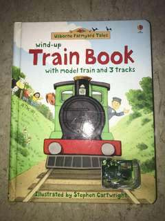 Wind-up Train Book with model train and 3 tracks