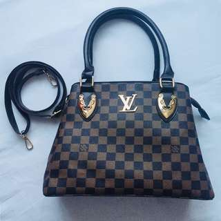 Louis Vuitton Bag (replica)
