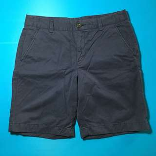 uniqlo navy shorts