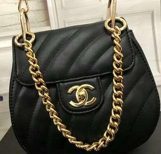 SUPER A‼️ Chanel Vintage Bucket Sling (FREE POSTAGE)