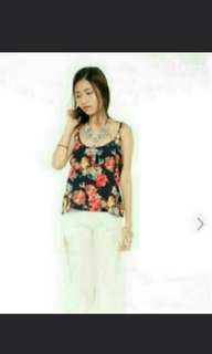 BN GUTSYGLAM FLORAL TOP IN M