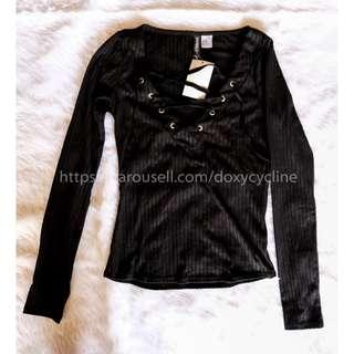 H&M Black Longsleeve Top