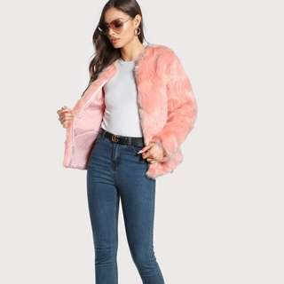 Hook and eye faux fur coat / jacket 🧥
