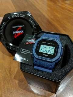 BNIB G SHOCK DW-5600DE-2DR