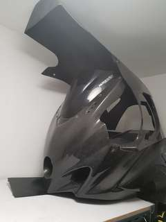 Gsxr carbon fibre fairing