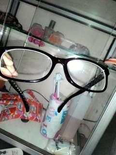 Kacamata mins 1.2