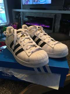 Adidas superstar size 6 women