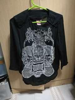 Black printed  top