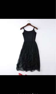 黑色細肩帶紗裙