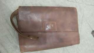 Dompet jinjing kulit