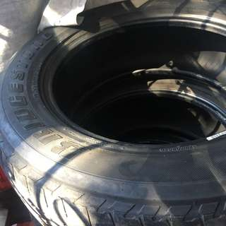 Bridgestone Ford everest tires