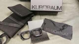 Kuboraum 全身黑框眼鏡 朋友 轉贈 原四千多
