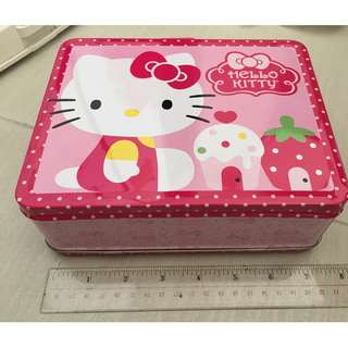 hello kitty tin box NEW