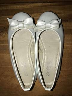 Sugar Kids size 11 for 4y White Doll Shoes/Ballet Flats