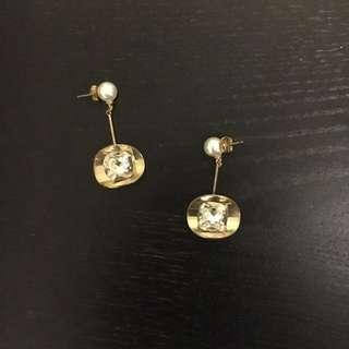 Chic Earring 金色潮款耳環