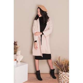Drielle Coat in Ivory (Spring/Autumn)