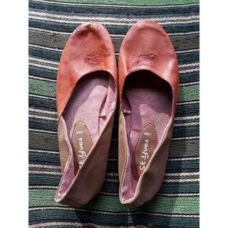 Flatshoes bata