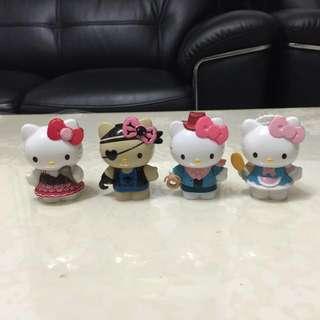 Hello Kitty 限量角色扮演公仔娃娃