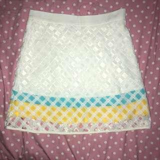 tri-coloured netted aline skirt