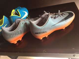 NIKE CR7 Youth Soccer Shoes