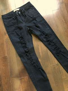 Black mid-waist ripped jeans