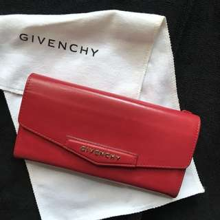 Givenchy 紅色小牛皮長銀包