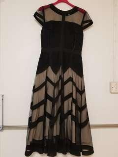 高貴型格Dress