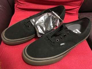 Vans Pro 100%new & real (內附多一set鞋帶 和 舒適厚鞋墊)