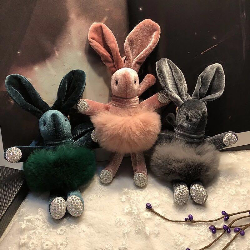 F976 Korean Diamond Wish Rabbit Doll Pendant bd414fc46