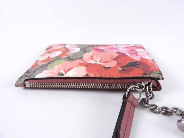 581bb151536d Gucci Bloom Series in Pink, Luxury, Bags & Wallets on Carousell