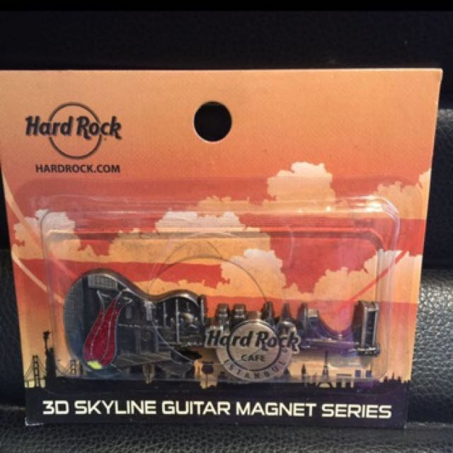 Hard Rock Cafe Istanbul 3D Skyline Guitar Magnet Series