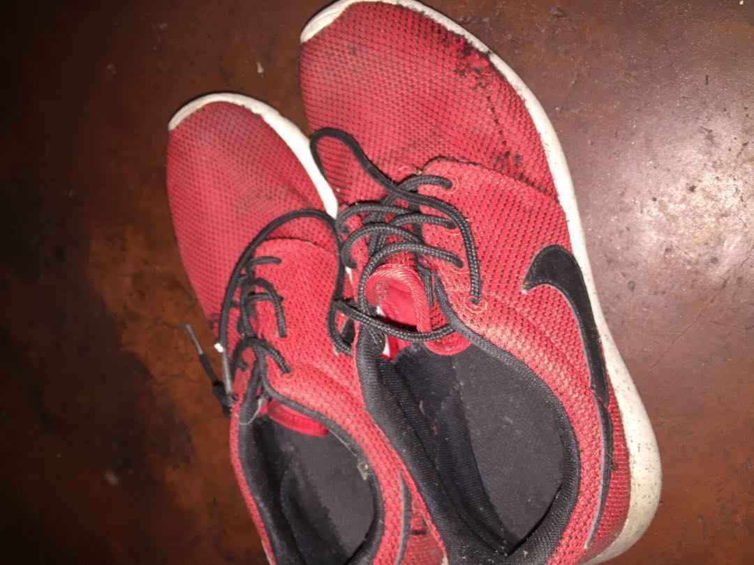 7f78d04f4dc1 Nike Roshe run classic