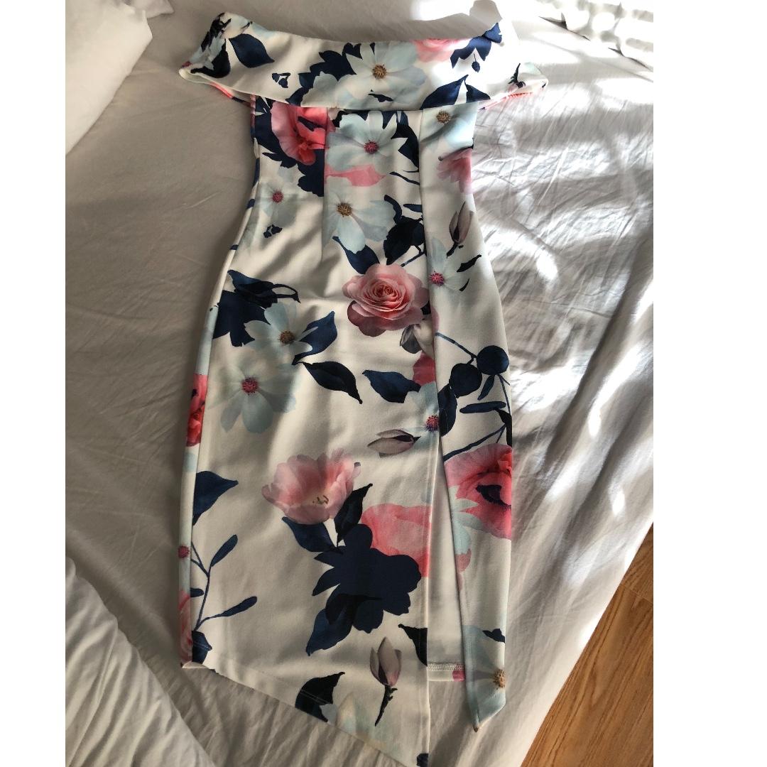 Off the shoulder dress ..Size 6