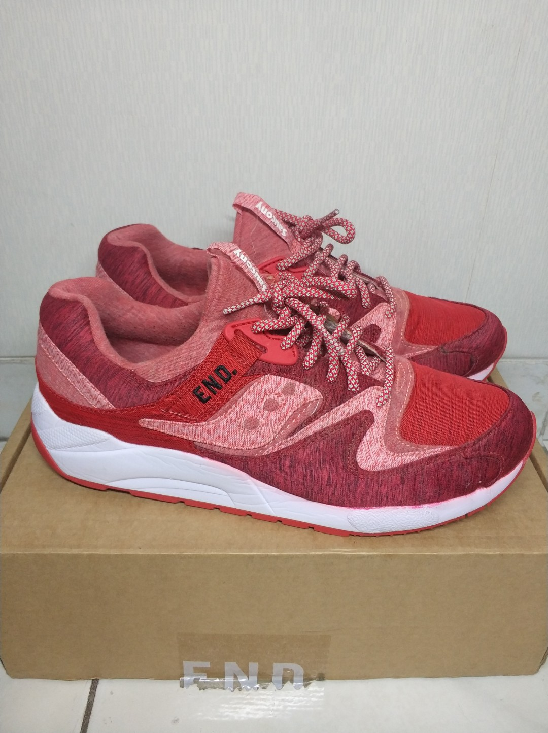 Saucony End. X Grid 9000 'red Noise' for men
