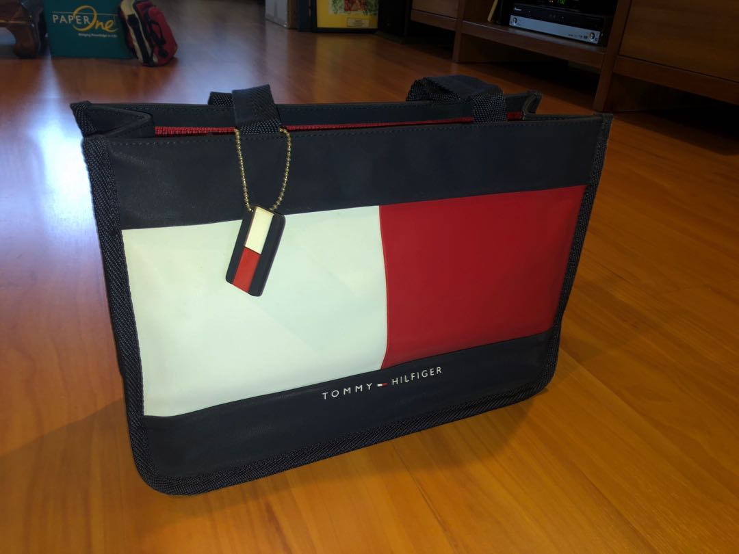 tommy ladies bags