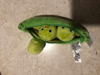 Green bean toy
