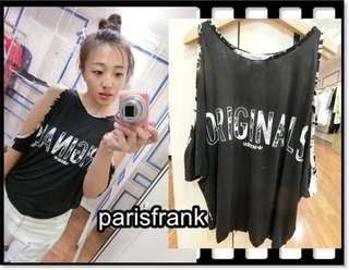 🚚 parisfrank~~品牌Adidas Originals 大露肩 前面黑色後面印花 休閒運動風上衣(34號)
