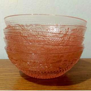5x Vintage Trellis design bowls