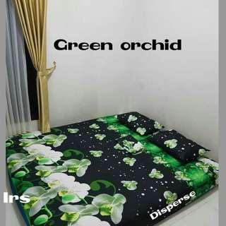 Sprei green orchid halus!!