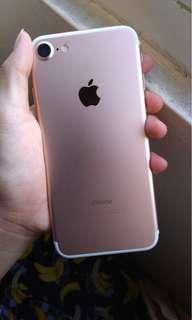 iphone 7 32gb gold ex pemakaian cewek mulus